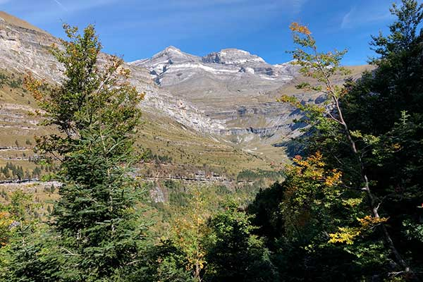 Monte Perdido desde la Senda de los Cazadores