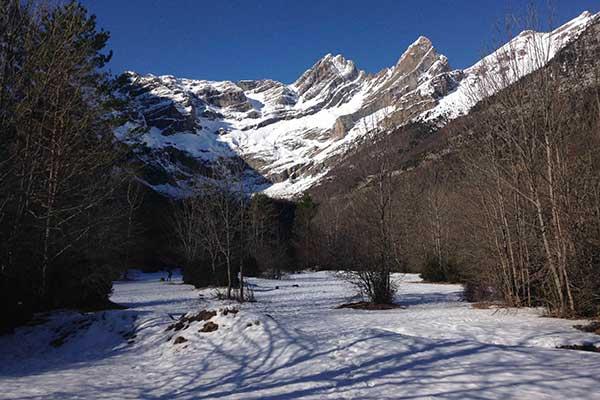 Raquetas de nieve en el Valle de Pineta
