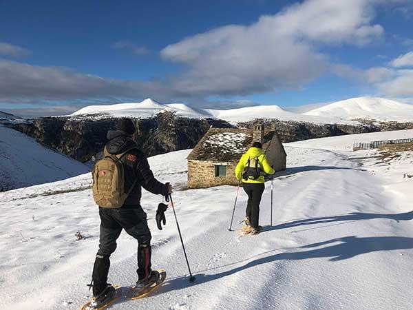 Excursión Raquetas de Nieve en Pirineos