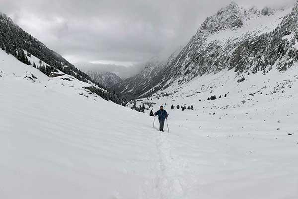 Raquetas de nieve en el Valle de Barrosa